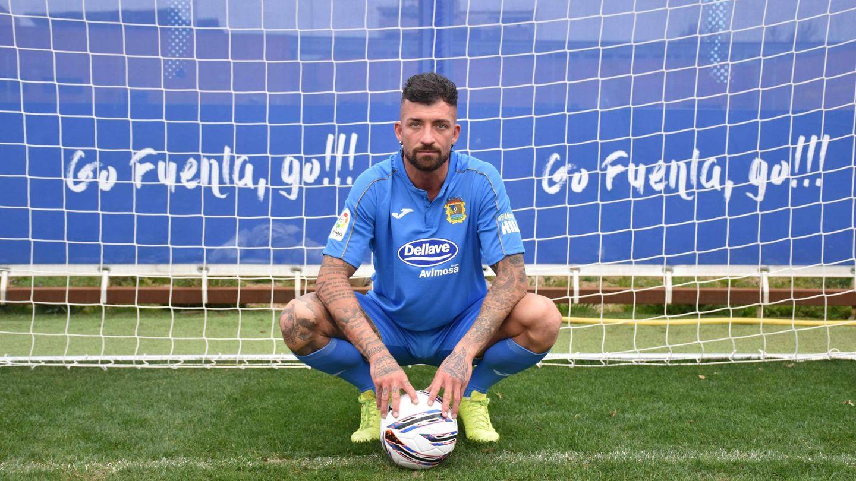 Rubén Sánchez, en el estadio Fernando Torres. (CF Fuenlabrada)