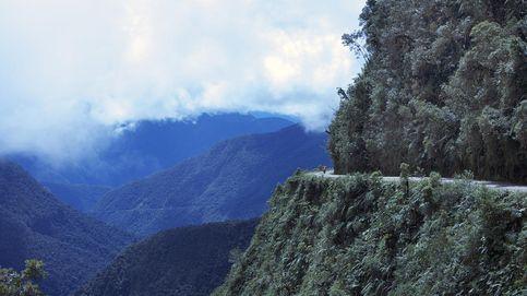 Del monte Hua a la 'carretera de la muerte': los destinos turísticos más peligrosos