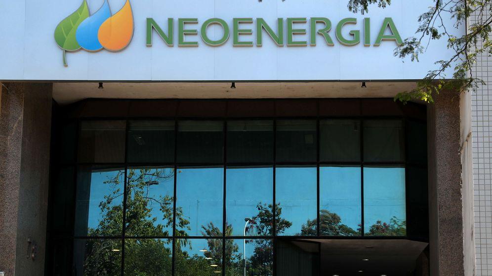 Foto: Fachada de la oficina de Neoenergia en Río de Janeiro (Brasil). (EFE)