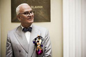 Manolo Blahnik, el indiscutible genio del zapato, dedica un modelo a España
