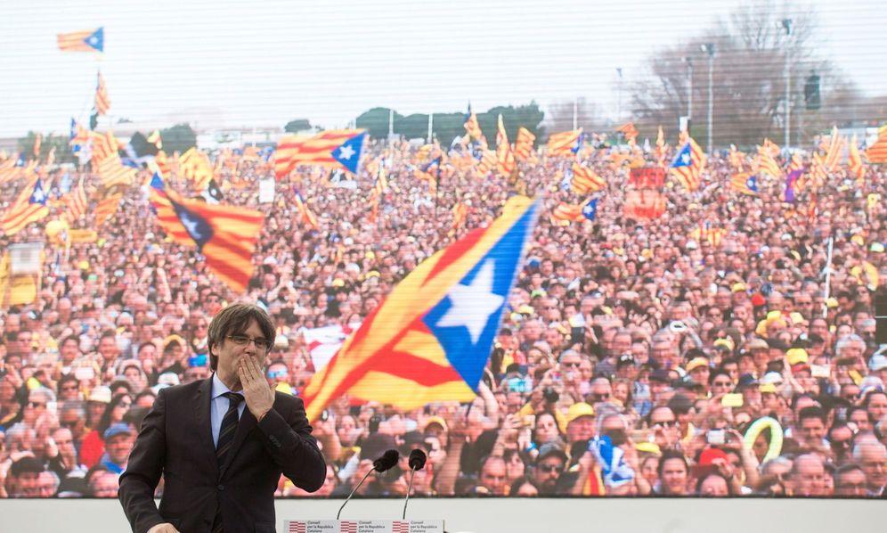 Foto: El expresidente de la Generalitat Carles Puigdemont en Perpiñán. EFE