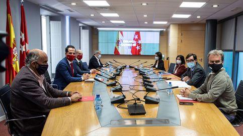 Moncloa y Madrid pactan criterios para frenar el covid en ciudades de 100.000 hab