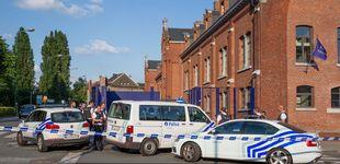 Post de Un hombre hiere con un machete a dos policías belgas al grito de