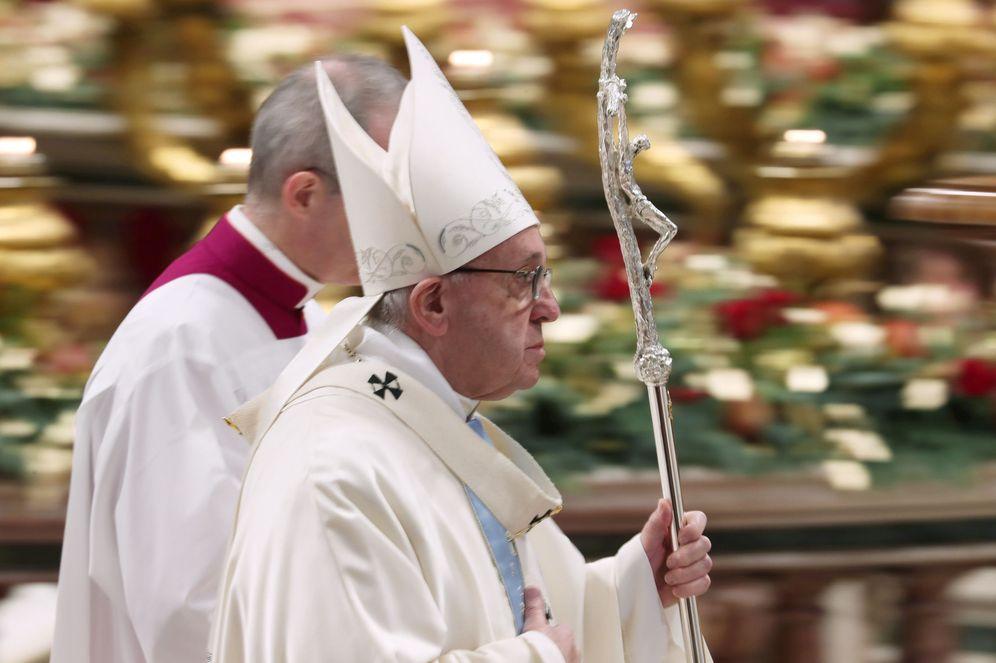 Foto: El papa Francisco, el pasado 1 de enero tras la misa de Año Nuevo en la basílica de San Pedro del Vaticano. (Reuters)