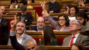 Torra y Puigdemont en caída libre