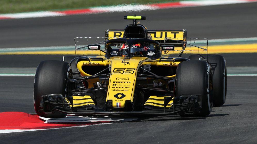 Foto: Sainz, al volante del Renault durante los libres del GP de España. (Reuters)