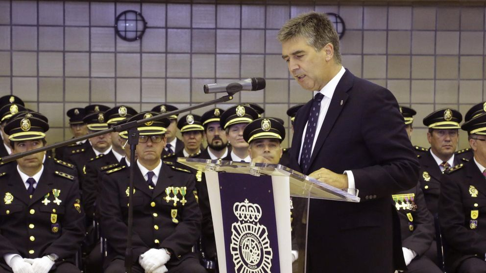 Cosidó pondrá en marcha una universidad para los policías