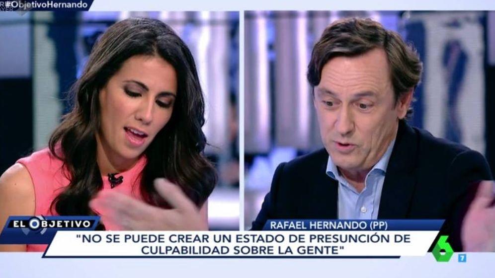 Foto: Ana Pastor y Rafael Hernando en 'El objetivo'.