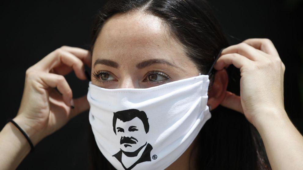 Entregan en México packs de alimentos con la imagen del Chapo