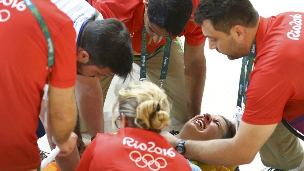 Foto: Las muecas de dolor de Hoskins. (Paul Hanna/Reuters)