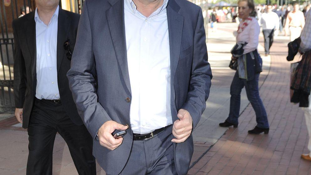 El ex de Bordiú firma su divorcio: Llevo los papeles en el bolsillo