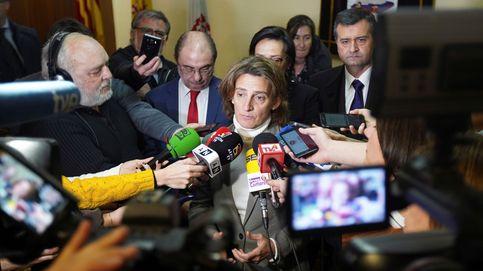 El plan de Ribera para frenar los laudos de renovables no intimida a los afectados