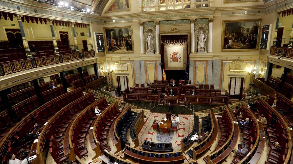 Foto: El Congreso de los Diputados, en una sesión durante el estado de alarma. (EFE)