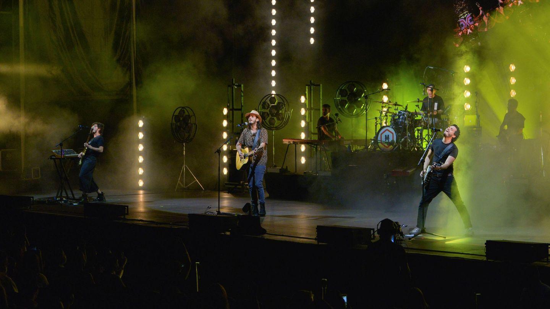 El grupo colombiano Morat, durante su actuación en el festival Starlite. (EFE)