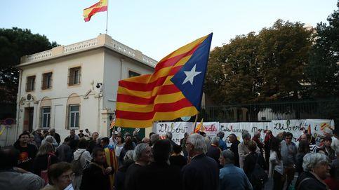 Moody's alerta del riesgo de impago de familias y pymes catalanas con una DUI
