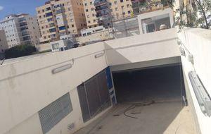 Una inmobiliaria de Marbella vende el parking 'sin estrenar' de Ramos