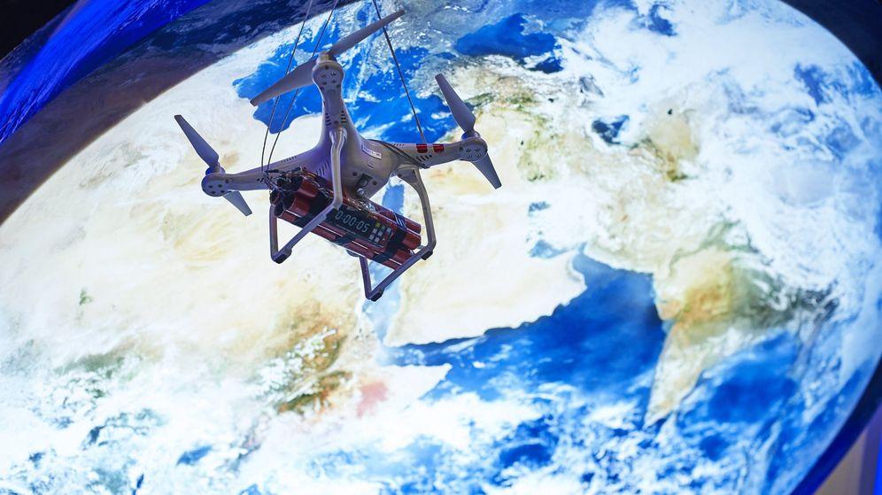 Foto: Imagen de un dron expuesto en una feria de tecnología. (EFE)