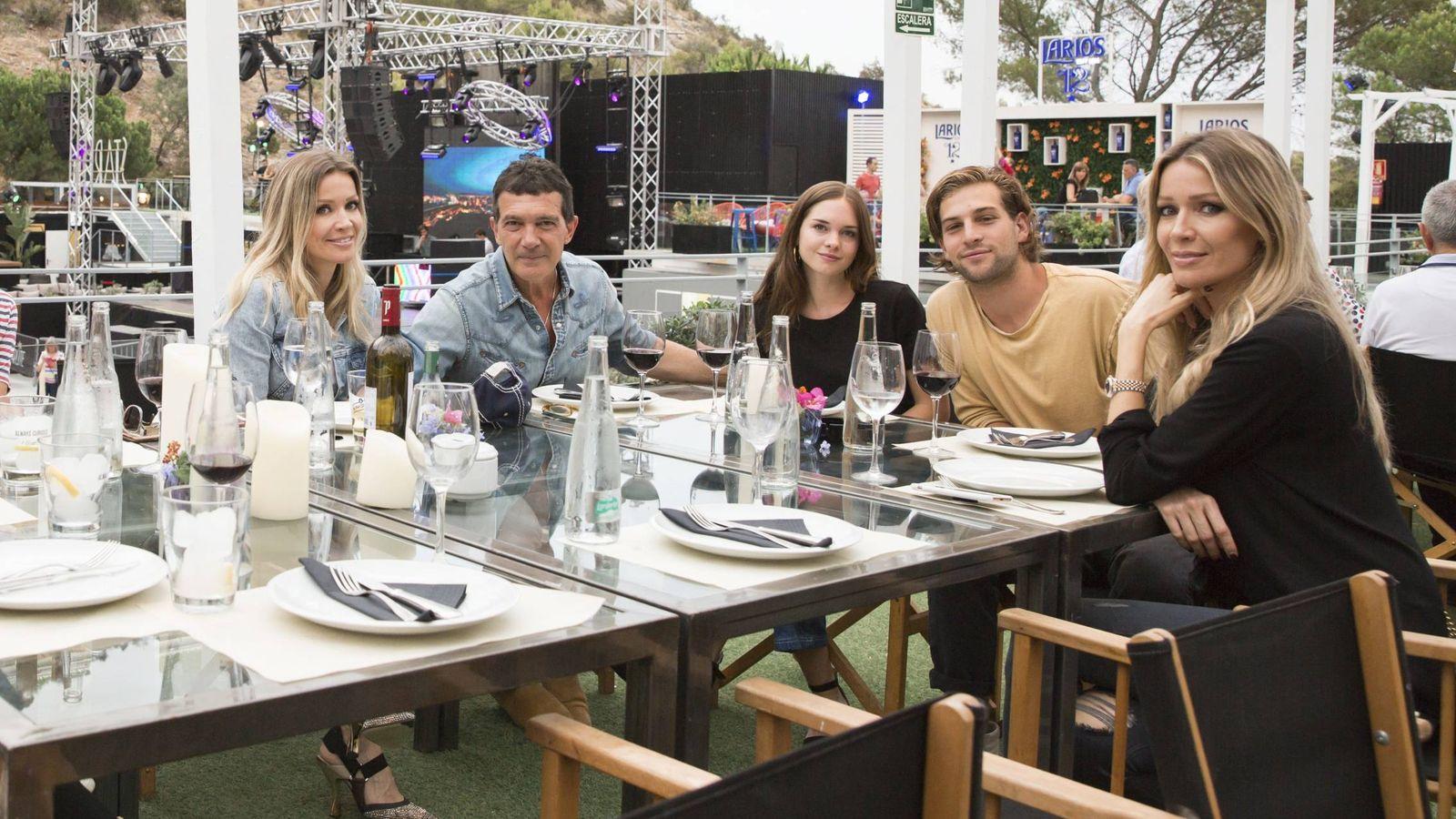 Foto:  Stella del Carmen y Eli, en Marbella. (Cordon Press)