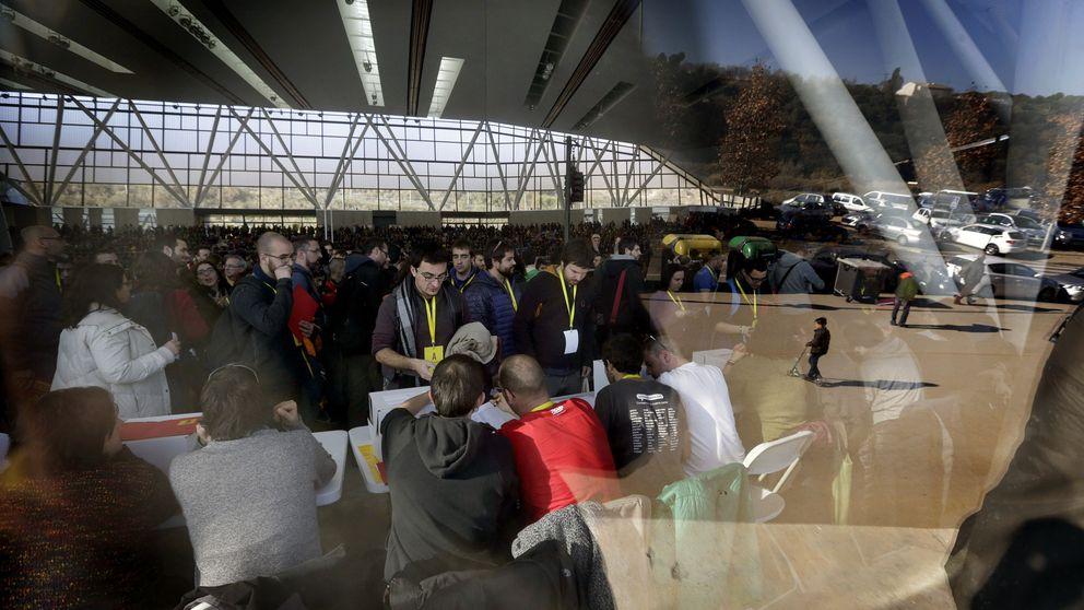 Una CUP fracturada prorroga al día 2 su decisión sobre Mas