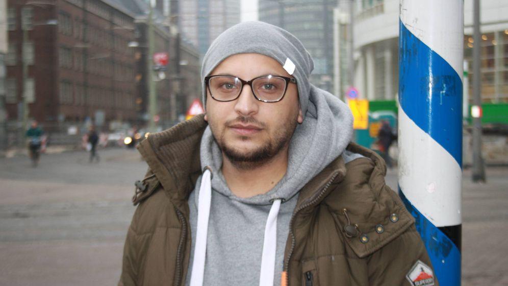 Foto: Hani al Arawi, superviviente de la cárcel del régimen sirio de Saydnaya. (I. Rachidi)