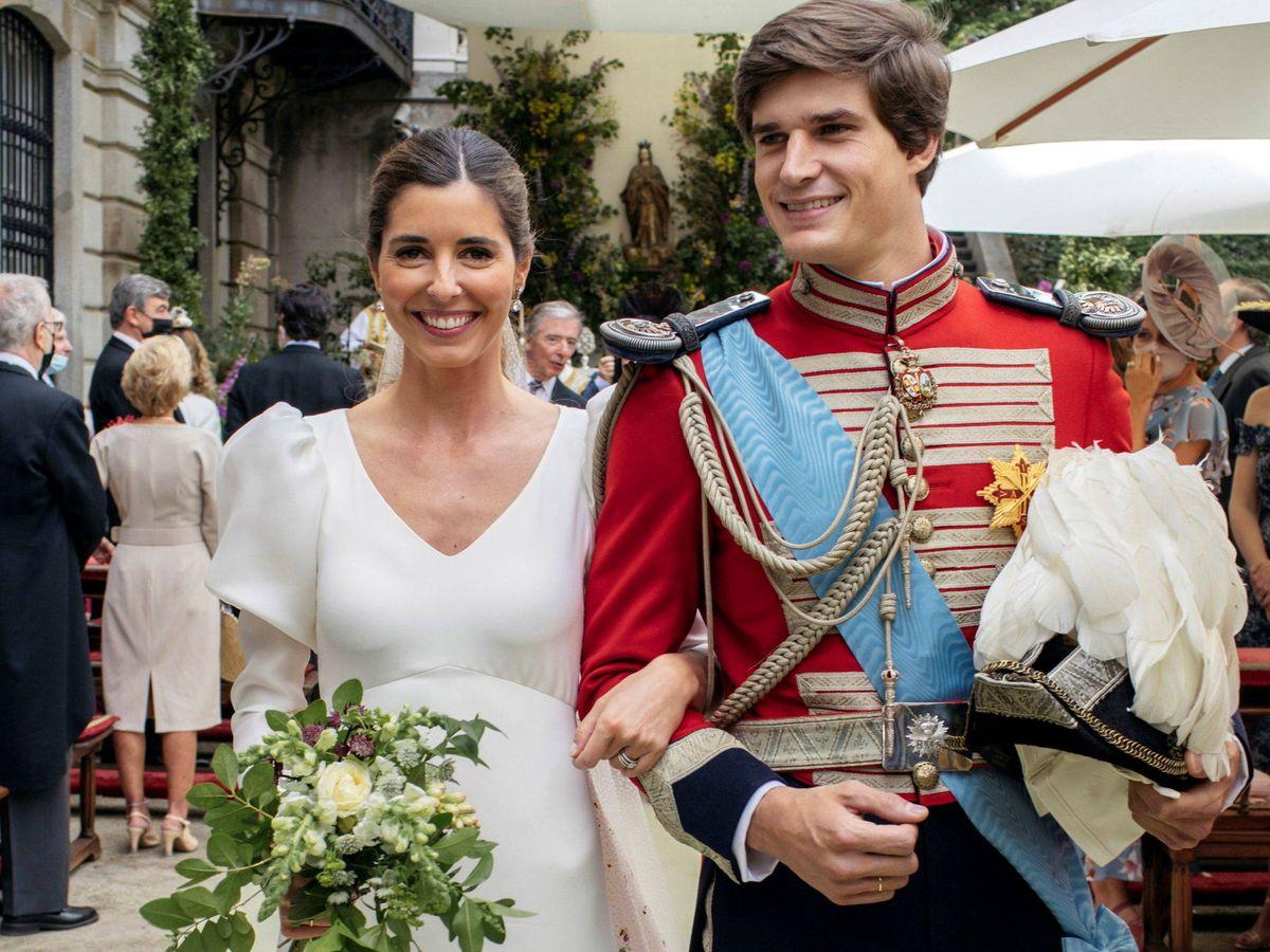 Foto: Carlos Fitz-James y Belen Corsini, durante la boda. (Alejandra Ortiz Fotografía)