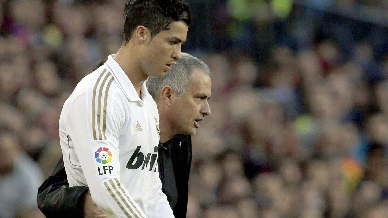 José Mourinho y Cristiano Ronaldo en un partido del Real Madrid. (EFE)