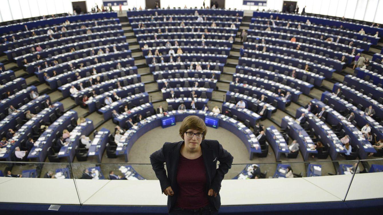 Foto: Julia Reda, miembro del Partido Pirata en el Parlamento Europeo (EFE/Patrick Seeger)