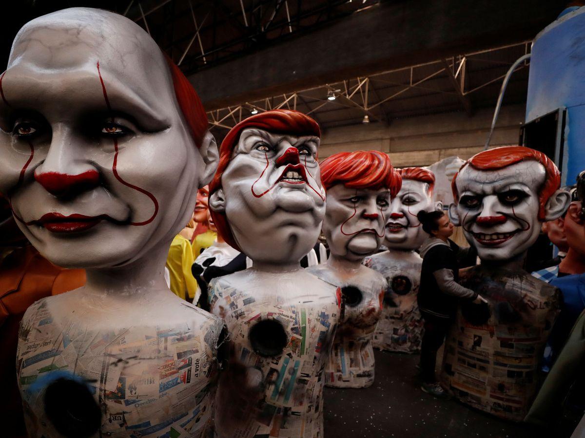 Foto: Figuras del presidente Putin, Trump, Merkel y Macron en el festival de Niza. (Reuters)