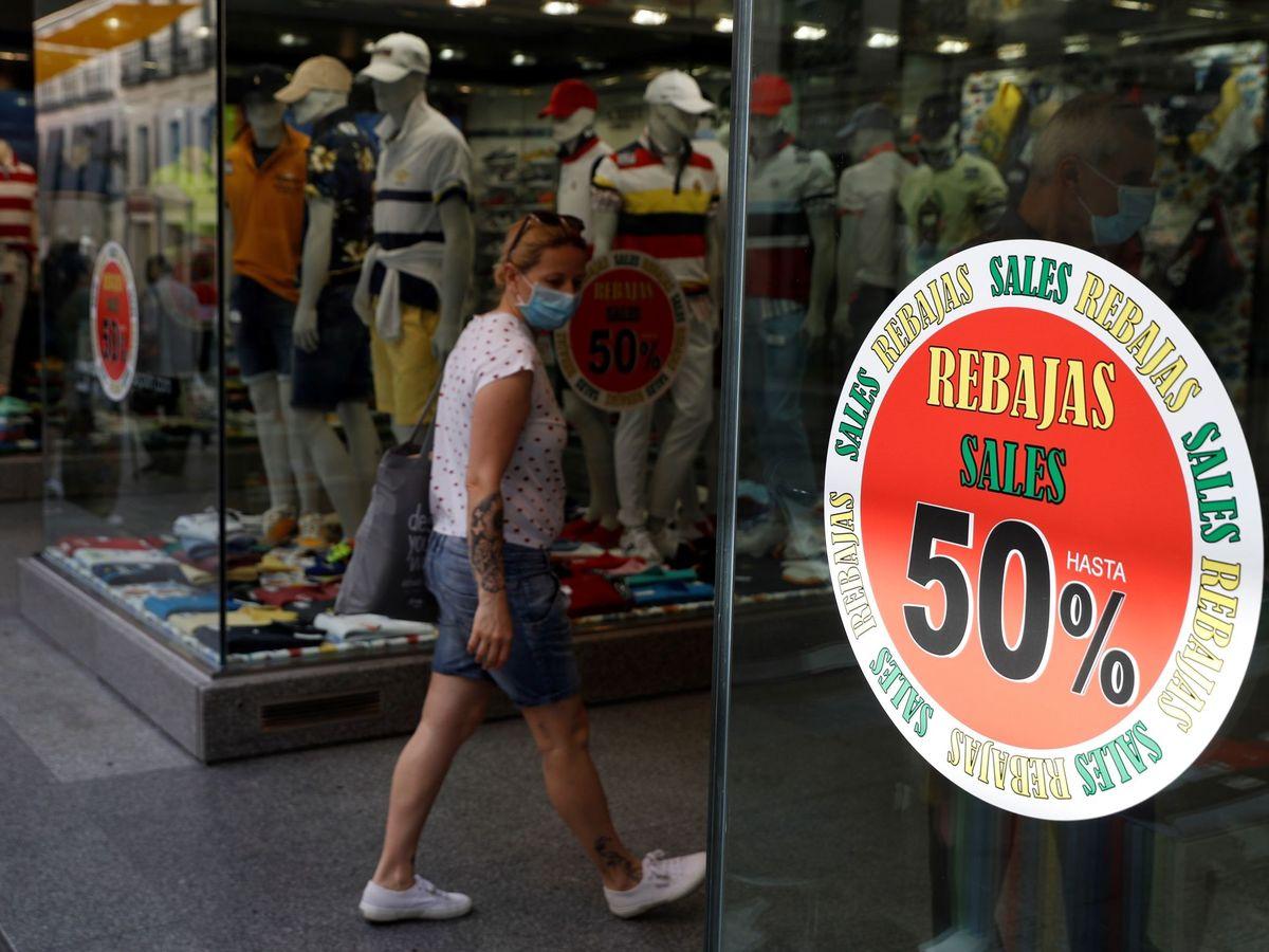 Foto: El consumo excesivo de moda tiene grandes consecuencias medioambientales.  EFE