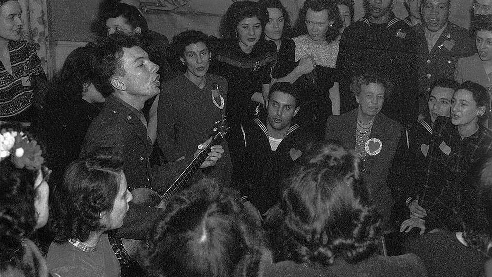 Foto: El cantante estadounidense Pete Seeger, durante un concierto. (Joseph A. Anthony)