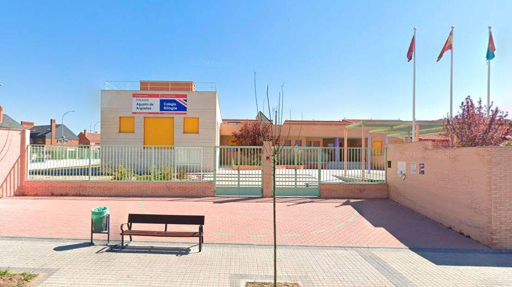 Foto: En un despacho del colegio Agustín de Argüelles, en Alcorcón, es donde se ha instalado el aula improvisada (Foto: Google Maps)