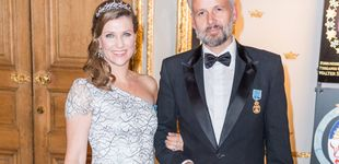 Post de Ari Behn pide disculpas públicamente a la princesa Marta Luisa y a sus hijas