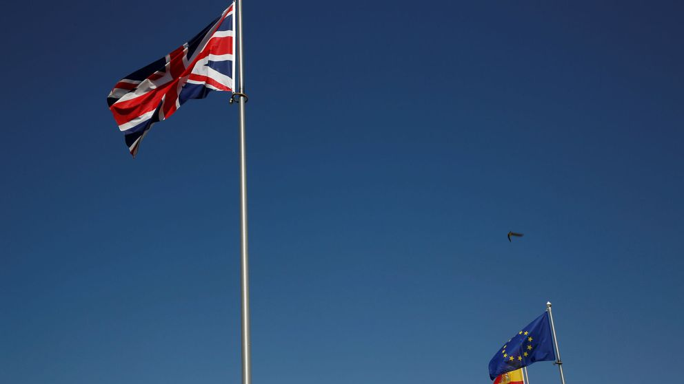 Londres pondrá aranceles al jamón, ropa y coches españoles si hay un Brexit duro