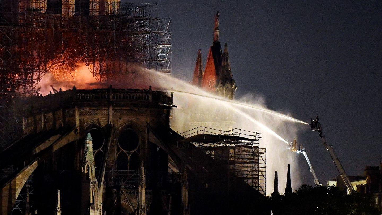 Pinche aquí para ver el álbum del incendio de la catedral.