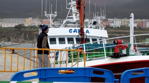Identifican a 14 personas que hacían una barbacoa en un barco en Huelva