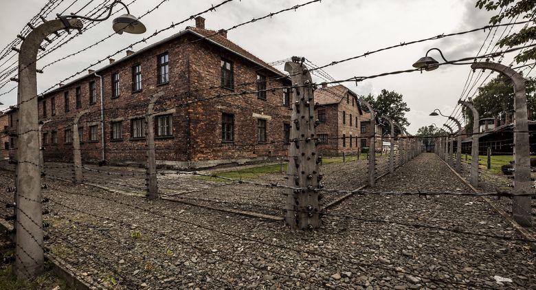 Foto: El campo de concentración de Auschwitz, en Polonia, recibe cientos de visitantes cada día. (Corbis)
