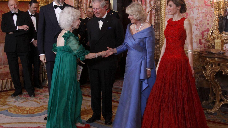 La duquesa de Alba, junto a los Reyes. (Limited Pictures)