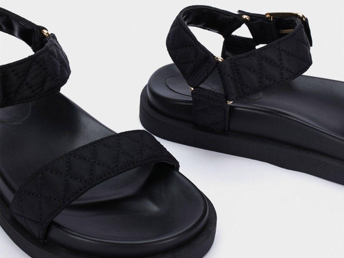 Foto: Sandalias, cómodas y estilosas, de Parfois. (Cortesía)