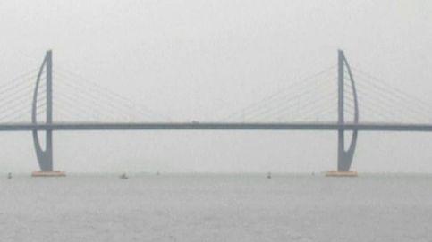 China abre al tráfico el puente más largo del planeta construido sobre el mar
