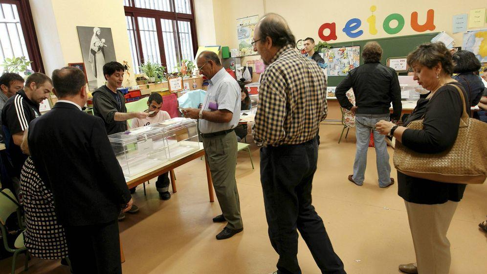 Foto: Votantes en las elecciones municipales y autonómicas del pasado 22 de mayo. (EFE)