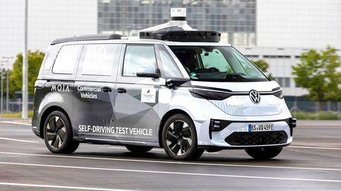El Volkswagen ID.Buzz AD, casi listo para llevarnos de manera autónoma en 2025