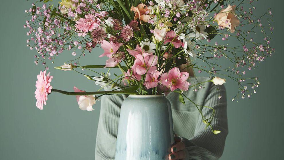 Compra flores ya mismo para poder estrenar estos jarrones y floreros de Ikea y Maisons du Monde