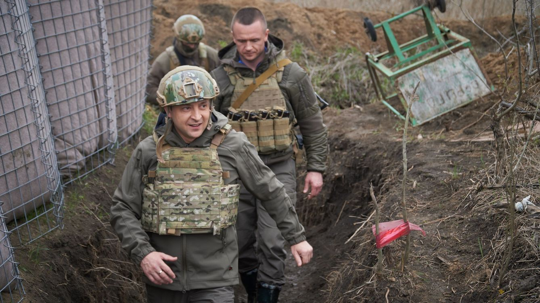 Rusia dice que será posible reducir tensiones en Ucrania si abandonan las acciones armadas
