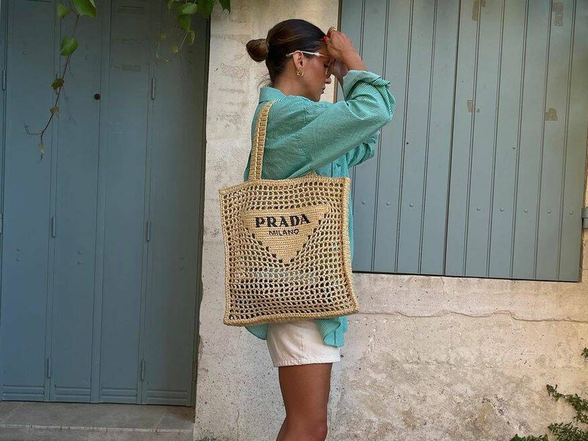 Foto: La bolsa de Prada, el 'it bag' del verano. (Instagram @alexandrapereira)