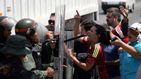 Maduro cierra la frontera con Brasil pero Guaidó llega a la de Colombia