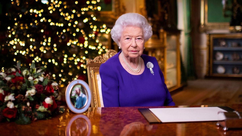 De Isabel II a Harald y Sonia de Noruega: los royals vacunados contra el covid