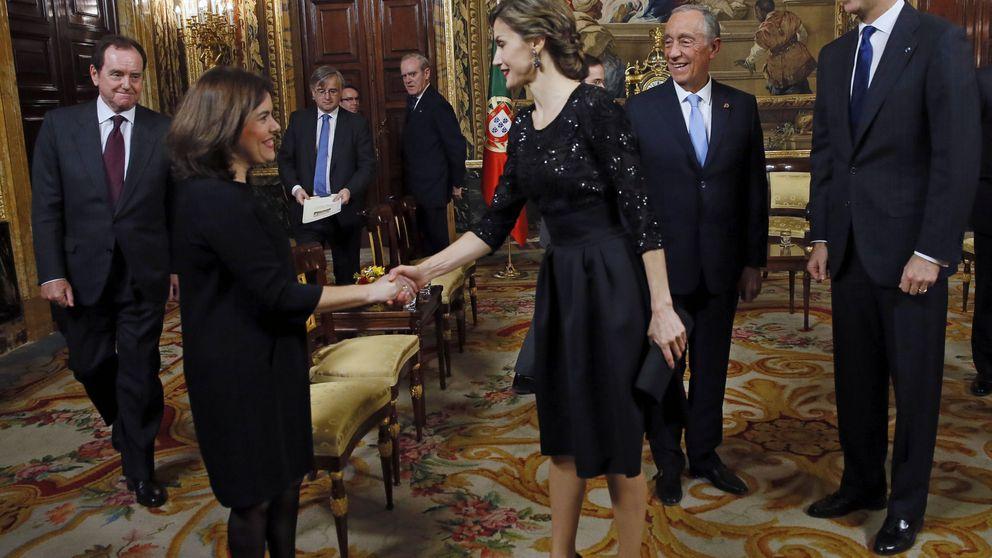 Letizia y Soraya Sáenz de Santamaría, reunión de plañideras en el Palacio Real