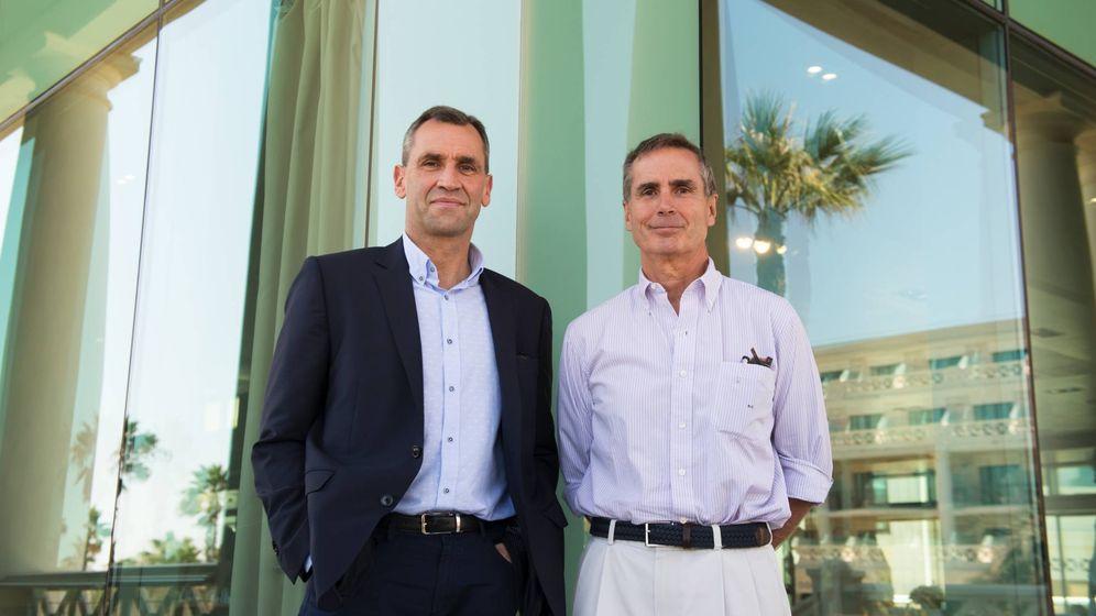 Foto: El socio manager de Catalyst, Andie Currie junto con el presidente de Alantra, Santiago Eguidazu. (Foto cedida por Alantra)