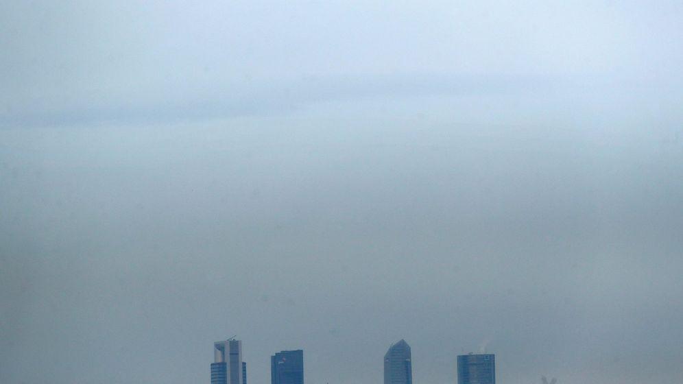 Foto: Madrid continúa con el protocolo de contaminación para el 1 de marzo (EFE)