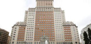 Post de Casanova acorrala a Riu: pide que se paren las obras del Edificio España